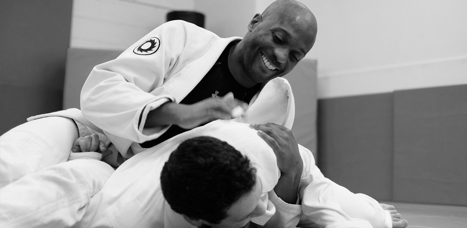 "<span class=""red"">NEW SCHOOL</span> BRAZILIAN JIU JITSU"